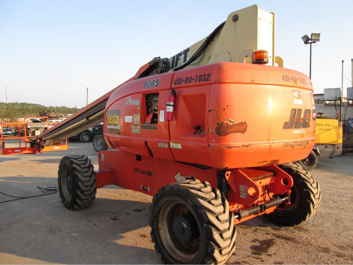 2007 JLG 800S