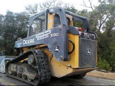Detail photo of 2012 John Deere 319D from Construction Equipment Guide