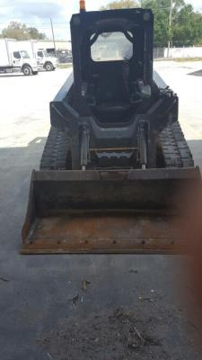Detail photo of 2012 John Deere 319D from Construction Equipment Guide