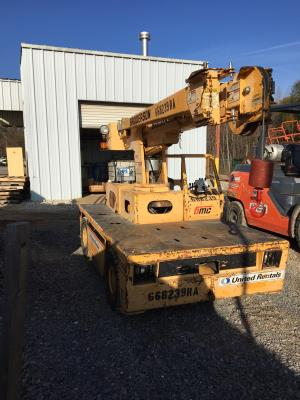 Detail photo of 2006 Broderson IC-35-2D from Construction Equipment Guide