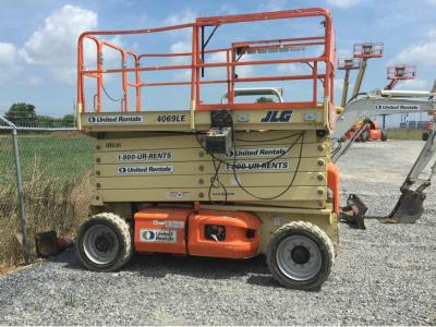 Detail photo of 2010 JLG 4069LE from Construction Equipment Guide