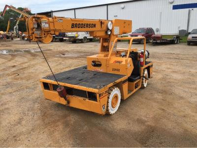 Detail photo of 2000 Broderson IC-35-2B from Construction Equipment Guide