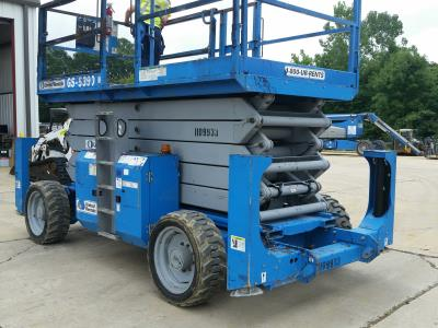 Detail photo of 2009 Genie GS-5390 RT from Construction Equipment Guide