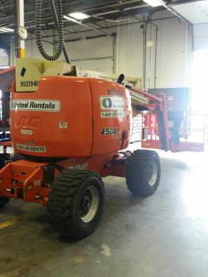 Detail photo of 2011 JLG 450 AJ from Construction Equipment Guide