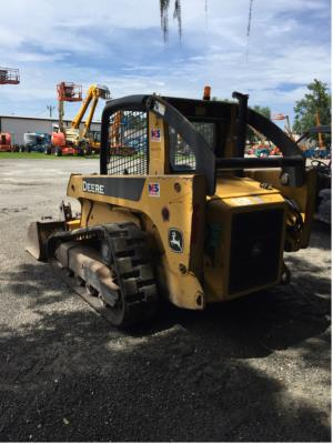 Detail photo of 2008 John Deere CT322 from Construction Equipment Guide