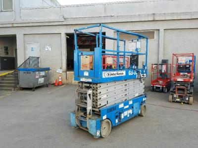 Detail photo of 2009 Genie GS-3232 from Construction Equipment Guide