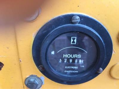 Detail photo of 1999 Broderson IC-35-2B from Construction Equipment Guide