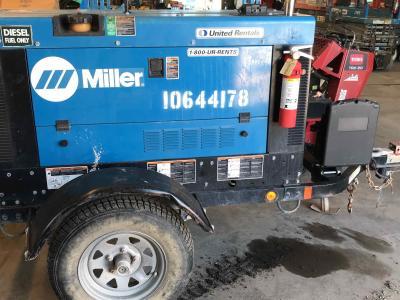 2017 Miller Big Blue 400P