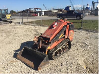 2017 Ditch Witch SK752