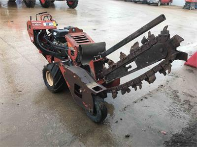 Ditch Witch RT12 2012
