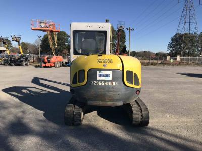 Earthmoving Equipment - Mini-Excavators - United Rentals