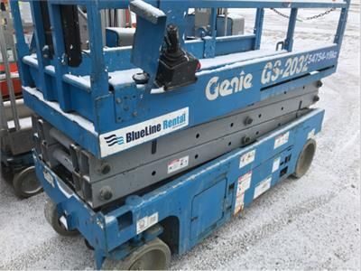 2012 Genie GS-2032