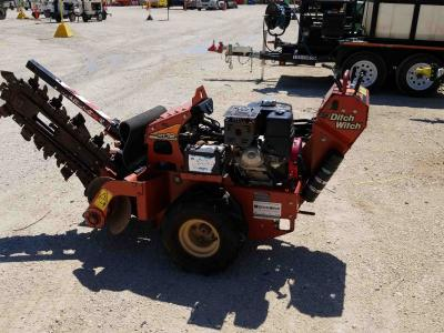2015 Ditch Witch RT12