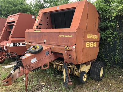 1982 New Holland 664