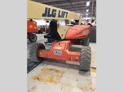 2010 JLG M600JP