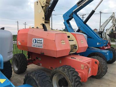 JLG 800S 2011