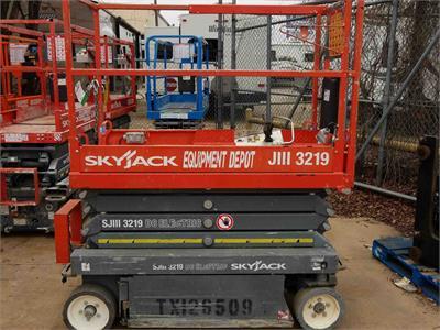2013 Skyjack SJIII 3219