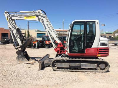 Earthmoving Equipment - Excavators - Herc Rentals Used Equipment