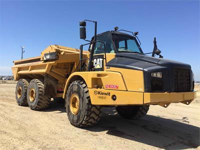 2012 Caterpillar 740B EJ