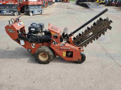 Ditch Witch RT12 2015