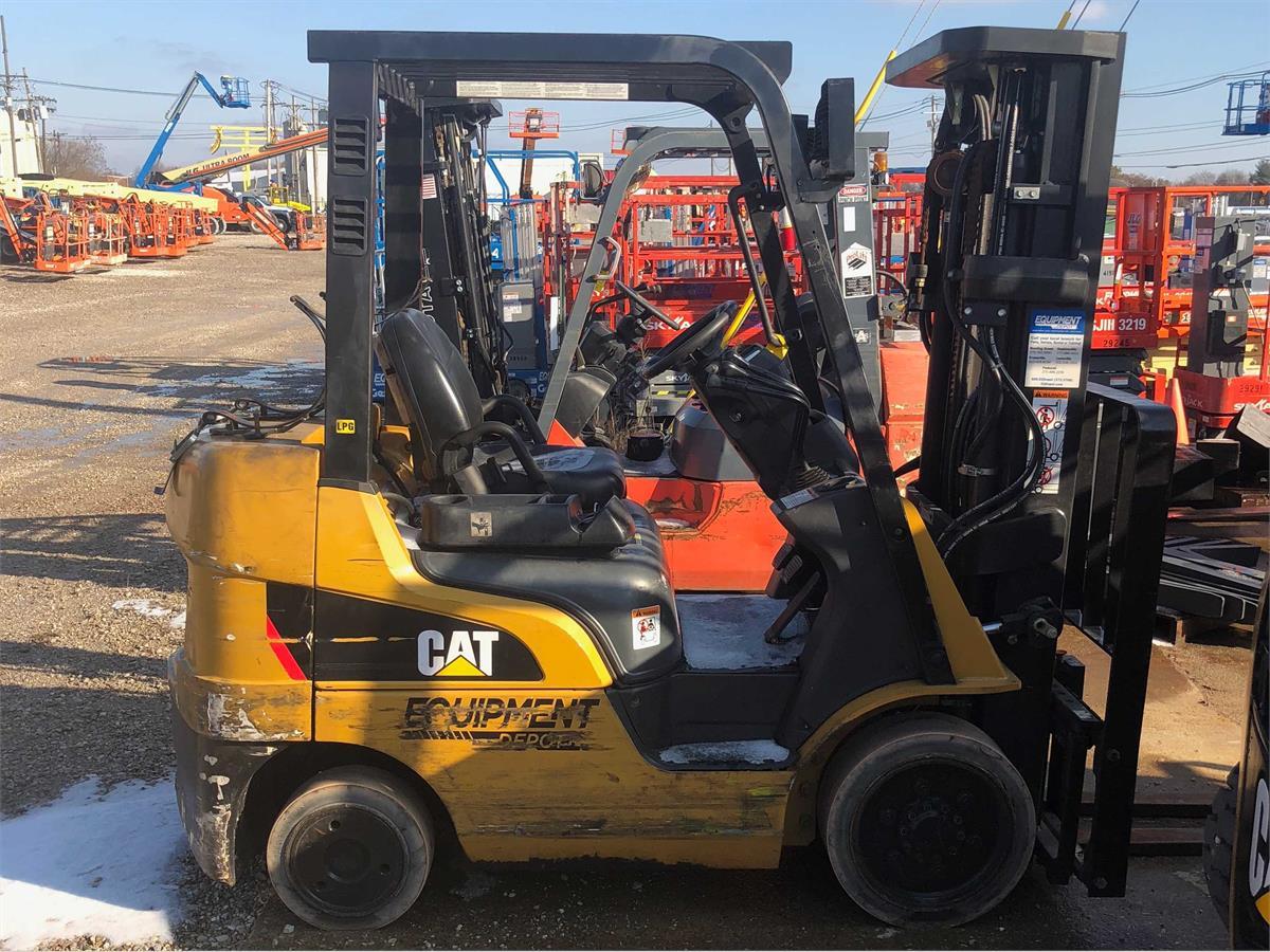 2012 Caterpillar C5000 - 0-19999 Lb Engine-Driven Forklift
